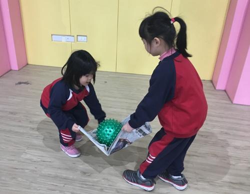 0123運動友誼賽之報紙傳球 (50)-030